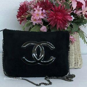 Authentic Chanel VIP Gift Precision Chain bag